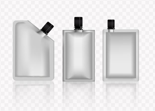 Embalagem em branco sachê de creme cosmético branco para maquete de projeto de maquete de produto isolado