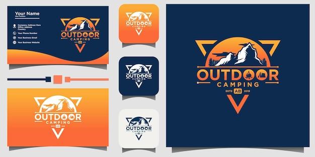 Emblema ao ar livre da montanha design de logotipo em vetor com fundo de modelo de cartão de visita