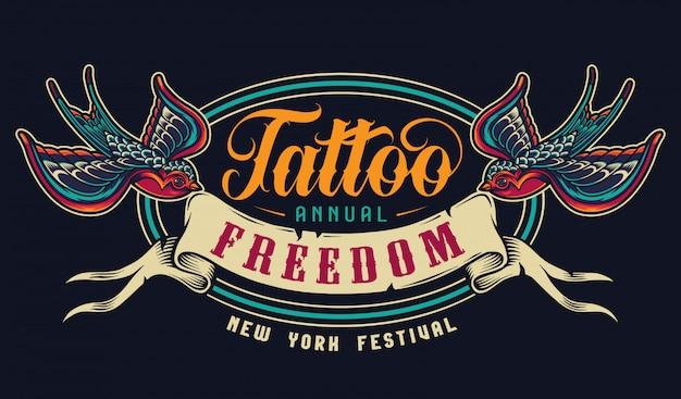 Emblema colorido do salão de tatuagem vintage
