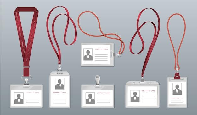 Emblema de cordão realista. etiqueta de identificação do funcionário, porta-cartões de identificação de plástico em branco com cordões de pescoço