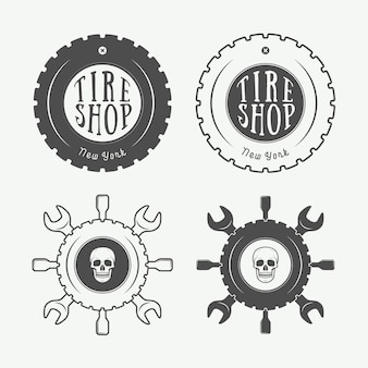 Emblema mecânico e logotipo