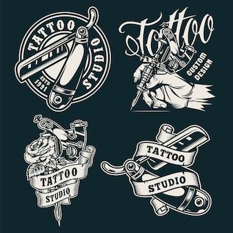Emblemas de salão de tatuagem monocromática vintage