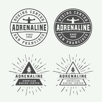 Emblemas e etiquetas com logotipos de boxe e artes marciais em estilo vintage