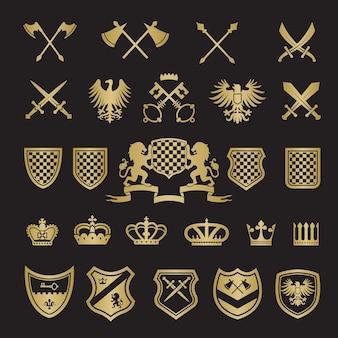 Emblemas heráldicos. espadas de formas estilizadas medievais, escudos coroas de leões e fitas de cavaleiro para projetos de design de rótulos vetoriais
