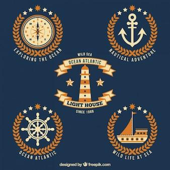 Emblemas náuticas planas com detalhes laranja