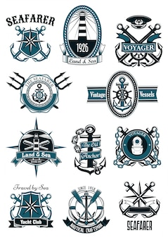 Emblemas náuticos vintage com itens marinhos