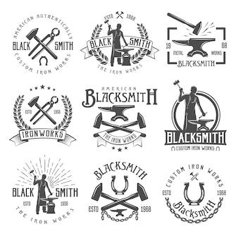 Emblemas vintage de ferreiro