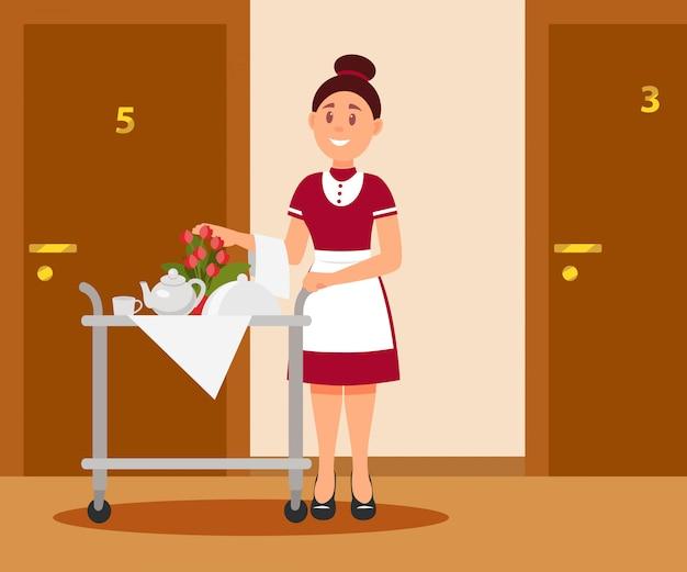 Empregada de mesa de sorriso com o trole do alimento que está a porta próxima no hotel. café da manhã para o hóspede. serviço de quarto. design plano