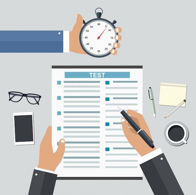 Emprego em base competitiva. preenchendo currículos escrevendo testes