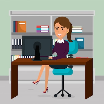 Empresária elegante na cena do escritório