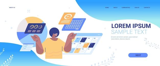 Empresário afro-americano monitorando dados de estatísticas financeiras página de destino