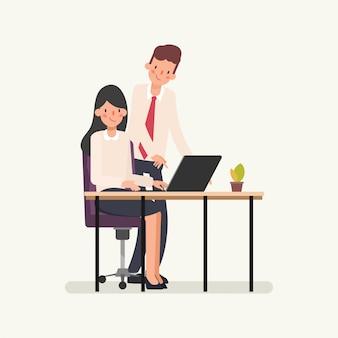 Empresário atribuir trabalho para mulher de negócios.