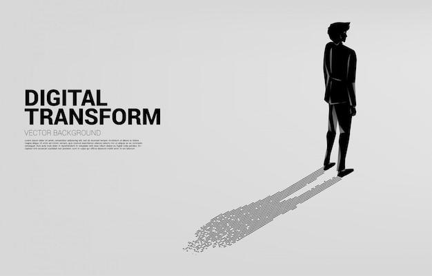 Empresário com sombra de pixel ponto digital. conceito de negócio de transformação digital e pegada digital.