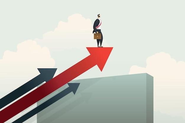 Empresário de pé na flecha na parede rumo ao sucesso e desafios crescentes