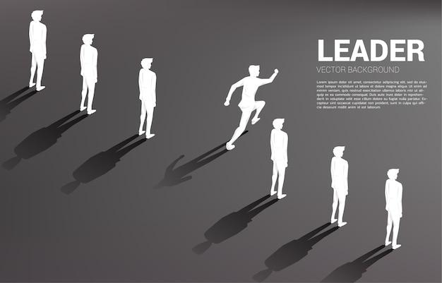 Empresário de silhueta correndo de grupo de linha.