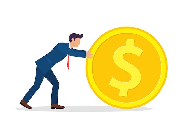 Empresário empurrando grandes moedas de ouro.