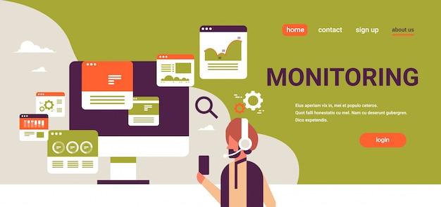 Empresário indiano fone de ouvido on-line comércio monitoramento banner de vendas