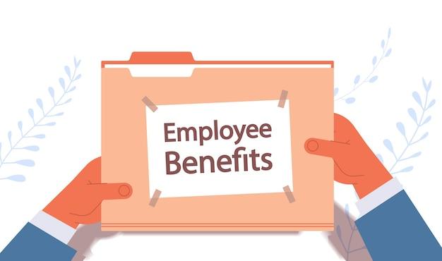 Empresário mãos segurando documentos de benefícios de funcionários pasta de arquivo remuneração incentivo pagamentos conceito ilustração vetorial horizontal