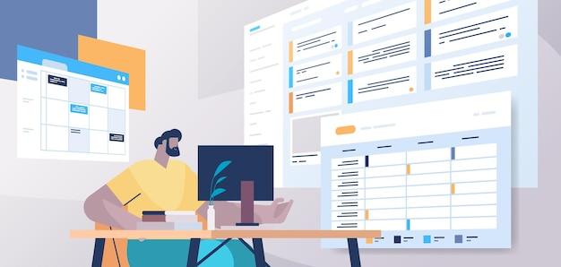 Empresário no local de trabalho, planejando o dia, agendando uma consulta no aplicativo de calendário online, agenda, plano de reunião, conceito de gerenciamento de tempo, ilustração vetorial retrato horizontal