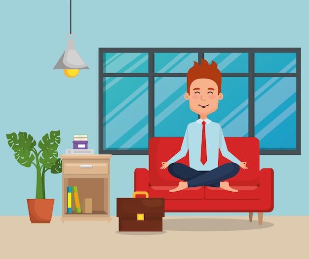 Empresário praticando ioga no sofá