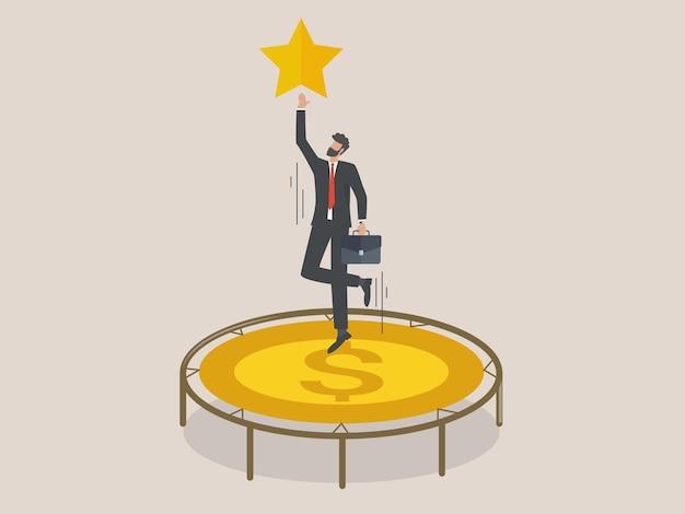 Empresário pula alto na cama elástica tentando alcançar as estrelas, funcionário com cama elástica de dinheiro quer alcançar seu objetivo.