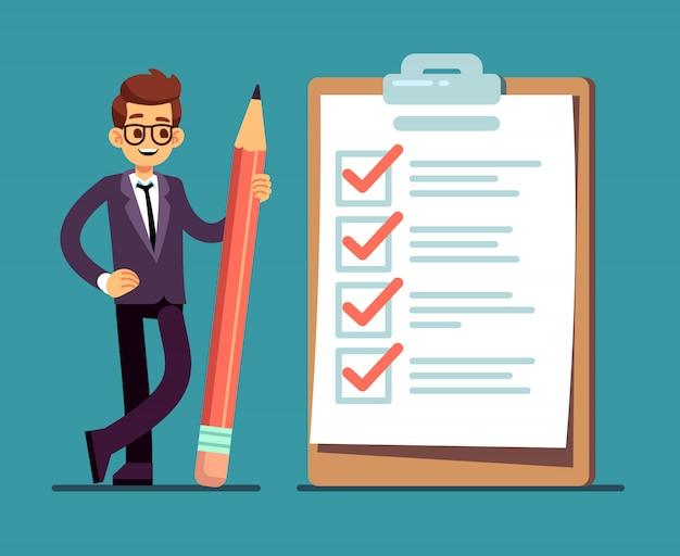 Empresário, segurando o lápis na grande lista de verificação completa com marcas de escala. organização de negócios e realizações do conceito de vetor de metas