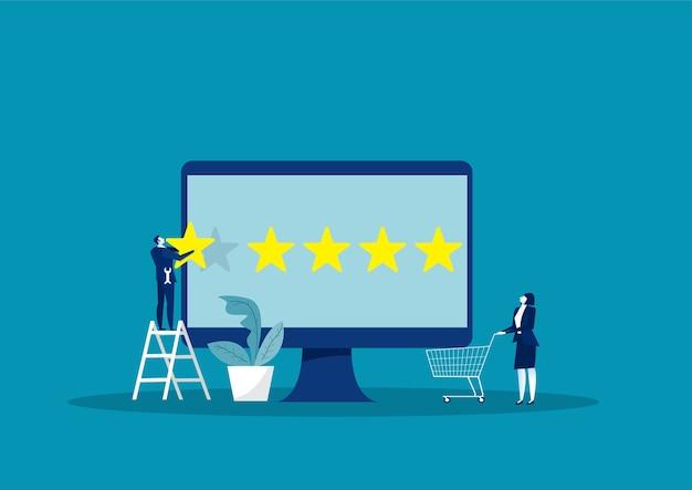 Empresário segurando o olhar fixo para cima. classificação por estrelas da loja online.
