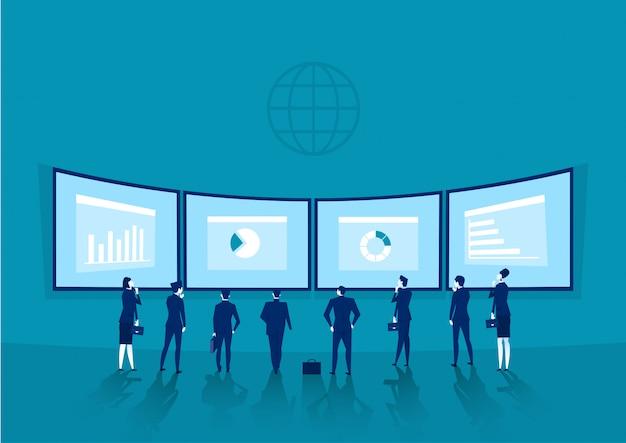 Empresários está de pé atrás de um quadro branco com gráficos financeiros