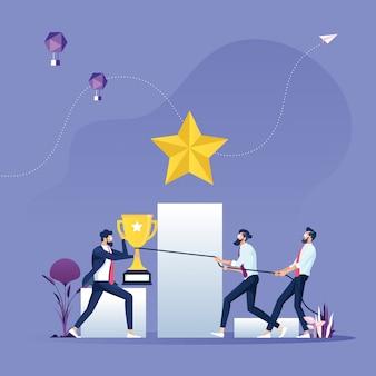 Empresários lutando por um troféu-conceito de concorrência de negócios