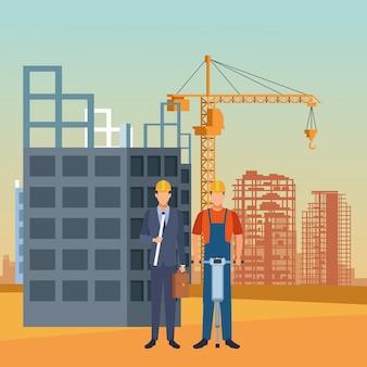 Engenheiro e construtor trabalhando sob cenário de construção