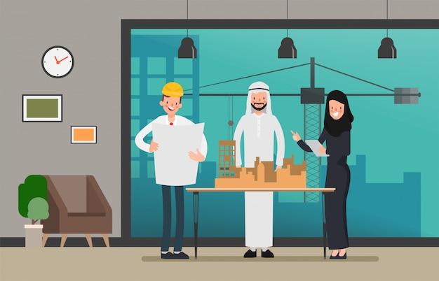 Engenheiros e mecânicos técnicos e trabalho em equipe do trabalhador da construção. cena industrial da opinião do local.