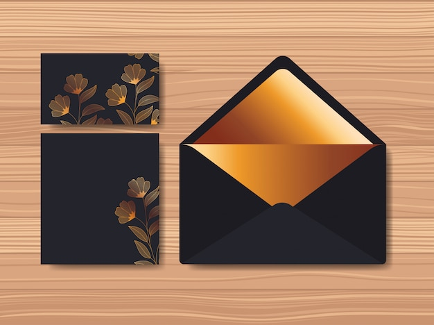 Envelope com convite e decoração floral