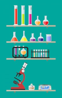 Equipamento de educação científica de biologia nas prateleiras