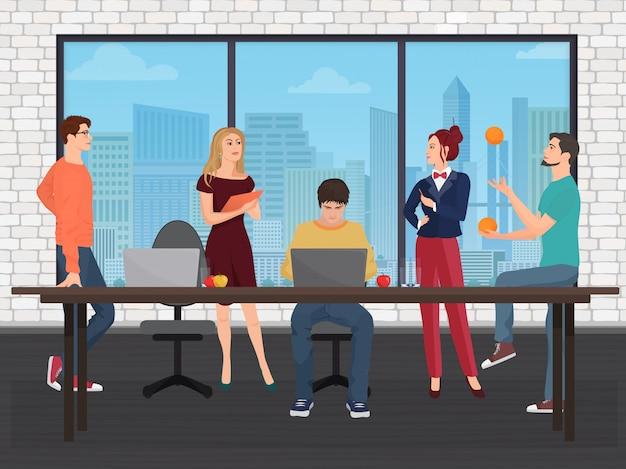 Equipe criativa no centro de coworking