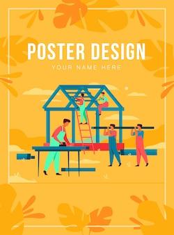 Equipe de carpinteiros profissionais construção de casa ilustração plana isolada. construtores de desenhos animados em uniforme fazendo telhado e estrutura de parede. conceito de construção e trabalho em equipe