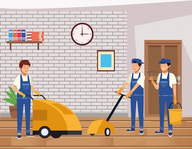 Equipe de limpeza masculina com ferramentas de equipamentos