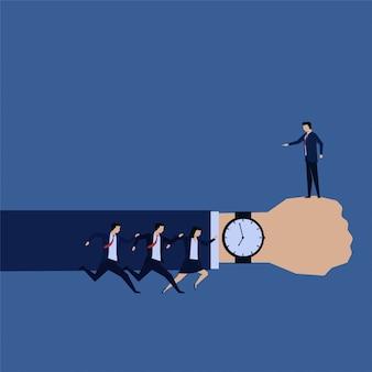 Equipe de negócios atrasado com o chefe do tempo com raiva