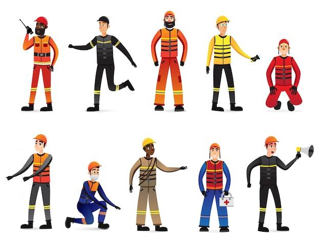 Equipes de resgate em diferentes posições com equipamentos