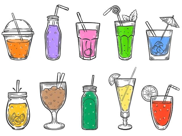 Esboce as bebidas de verão. copo de refrigerante, suco de fruta gelado e conjunto de ilustrações desenhadas à mão de coctalis coloridos.