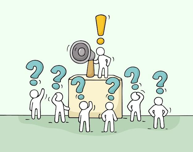Esboce uma multidão de pessoas pequenas com perguntas. doodle miniatura fofa com líder na tribuna e megafone. ilustração de desenho animado desenhada à mão