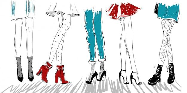 Esboço de pernas de mulheres em sapatos de sandálias de botas
