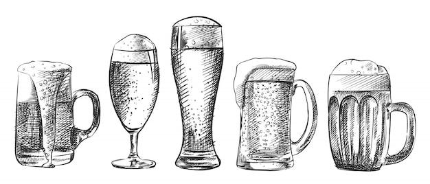 Esboço desenhado à mão do conjunto de copos de cerveja. o conjunto inclui vários tipos de copos de cerveja - caneca, cálice, weizen, caneca, krug