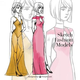 Esboços de modelos de moda desenhado à mão