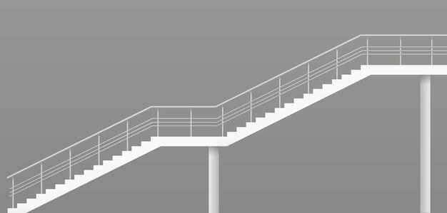 Escada moderna com trilhos de metal