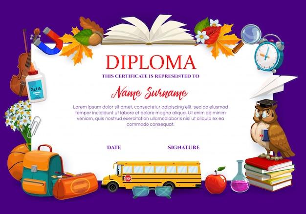 Escola, certificado de diploma de faculdade, itens escolares