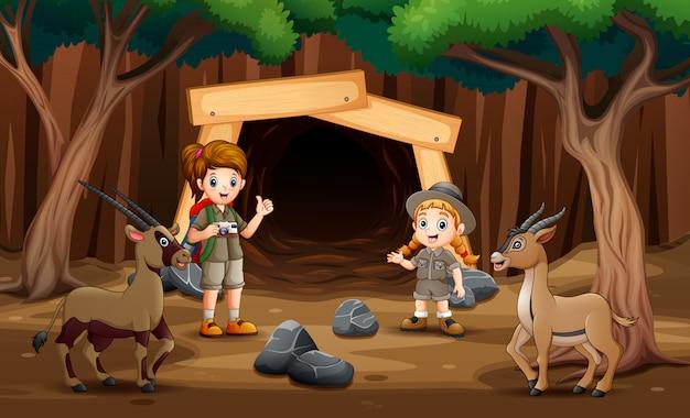 Escoteiros, menina, explorar, a, mina, ilustração