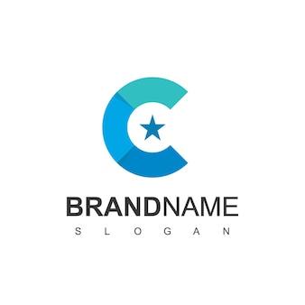 Escudo da letra c com modelo de design de logotipo de estrela