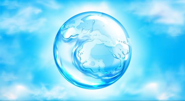 Esfera de salpicos de água no céu azul