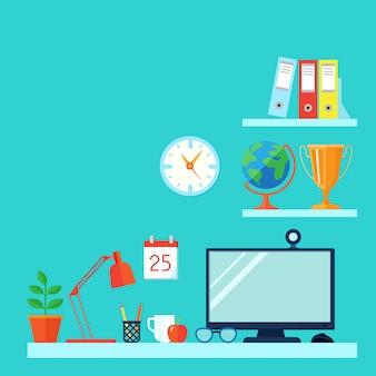 Espaço de trabalho na sala com computador de mesa