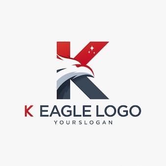 Esporte de alfabeto inicial de águia k